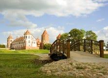 De brug aan de Middeleeuwen Stock Afbeeldingen