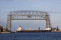De Brug & het Schip van de Lift van Duluth Royalty-vrije Stock Afbeeldingen