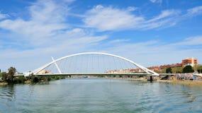 De brug Barqueta van Sevilla Royalty-vrije Stock Fotografie