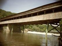 De brug beëindigt nooit Stock Foto