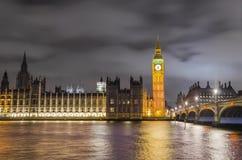 De brug, Big Ben en het Huis van Westminster van het Parlement, Londen, Stock Foto's