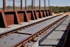 De brug die met staal wordt gebouwd corten Stock Foto