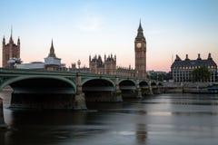De Brug en Big Ben van Westminster in Dawn Royalty-vrije Stock Foto