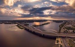 De brug luchtmening van Kiev Panorama royalty-vrije stock afbeeldingen