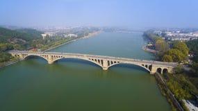 De brug luoyang China van Longmengrotten Royalty-vrije Stock Afbeelding
