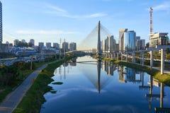 De Brug Sao Paulo van Estaiada Stock Foto's