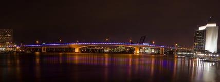 De Brug van Acosta, FL van Jacksonville (Nacht) Stock Foto's