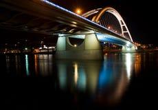 De brug van Apollo in Bratislava Stock Fotografie