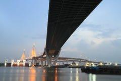 De Brug van Bhumibol in Thailand Royalty-vrije Stock Afbeelding