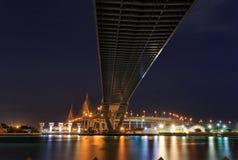 De Brug van Bhumibol van de nachtscène, Bangkok, Thailand royalty-vrije stock fotografie
