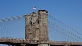 De Brug van Brooklyn--Amerikaanse Trots Stock Foto