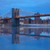 De Brug van Brooklyn bij Nacht Royalty-vrije Stock Afbeelding
