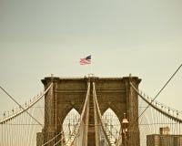 De Brug van Brooklyn, de Stads beroemd Oriëntatiepunt van New York stock fotografie