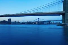 De Brug van Brooklyn en de Brug van Manhattan Stock Foto