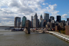 De brug van Brooklyn en lager Manhattan Stock Foto