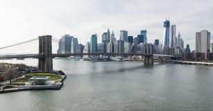 De Brug van Brooklyn en Lower Manhattan luchtmening. Royalty-vrije Stock Foto's