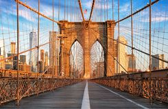 De Brug van Brooklyn, de Stad van New York, niemand