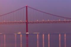 de brug van 25 DE abril in Lissabon Royalty-vrije Stock Foto
