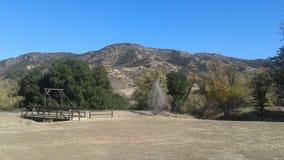 De Brug van de bergvallei Stock Fotografie