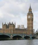 De brug van de Big Ben en van Westminster Stock Afbeelding