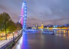 De Brug van de Big Ben & van Westminster Stock Afbeeldingen