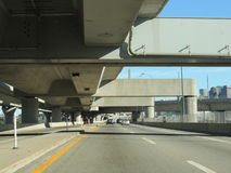 De brug van de de snelwegonderdoorgang van Boston Stock Afbeeldingen