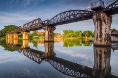 De brug van de doodsspoorweg over rivierkwai Royalty-vrije Stock Foto