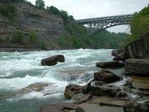 De brug van de draaikolk. Stock Afbeeldingen