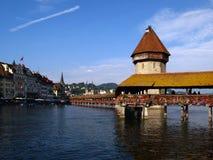 De Brug van de kapel in Luzerne/Luzern, Zwitserland Stock Foto's