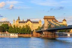 De Brug van de ketting in Boedapest Stock Foto