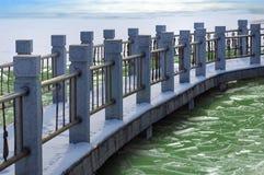 De brug van de kromme Stock Fotografie
