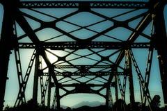 De brug van de okkernootcanion op Oud Route 66 Royalty-vrije Stock Foto's