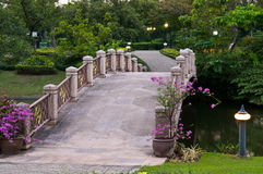 De brug van de steen Stock Foto's