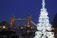 De Brug van de toren bij nacht, Londen Stock Foto