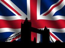 De Brug van de toren met Britse Vlag Stock Foto's