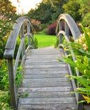 De brug van de tuin Stock Afbeeldingen