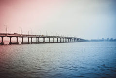 De brug van de weg Stock Afbeeldingen