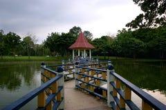 De brug van de zigzag Royalty-vrije Stock Fotografie