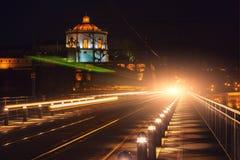 De Brug van Dom Luiz in Porto bij nacht Royalty-vrije Stock Foto