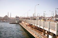 De brug van Galata Stock Foto's