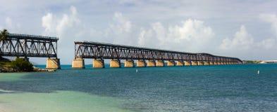 De brug van het de staatspark van Bahia Honda in de Sleutels van Florida Stock Afbeeldingen