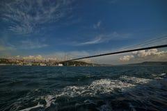 De Brug van Istanboel Bosphorus Stock Foto's