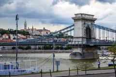 De brug van de Ketting in Boedapest, Hongarije Stock Fotografie