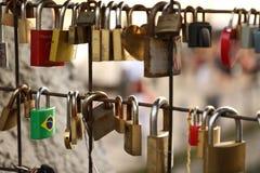 De brug van liefde is getuige aan ons stock foto's