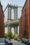 De brug van Manhattan bij zonsondergang Stock Fotografie