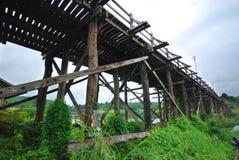 De brug van Mon in Sangkhlaburi Kanchanaburi Stock Afbeelding