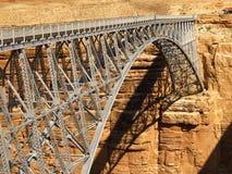 De Brug van Navajo een tMarble Canion stock afbeeldingen