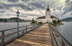 De brug van Oostenrijk op het meer Stock Foto