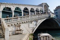 De brug van Rialto Stock Foto's