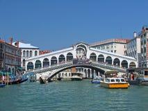 De brug van Rialto Stock Foto